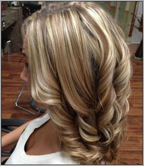 blonde and lowlights for medium straight hair blonde hair with caramel and brown lowlights hair