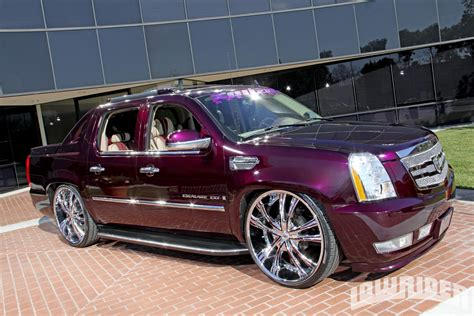cadillac escalade ext 2007 2007 cadillac escalade ext information and photos