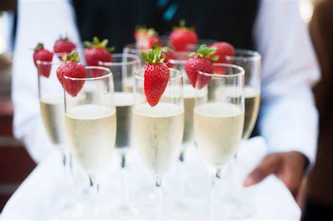 esposa what drinks serve at your wedding