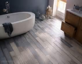 carrelage sol salle de bain bleu marine peinture faience