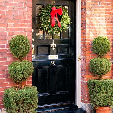 front door decor christmas 20 creative front door decorations