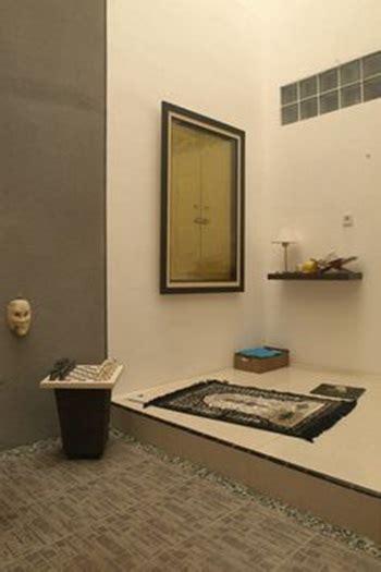 desain mushola kecil di rumah mengubah area kosong jadi musala di rumah rumah dan gaya