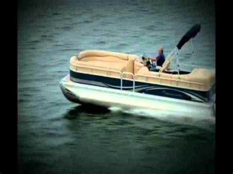 bennington pontoon boat in rough water bennington rcw 2575 handling rough seas pt 3 clemons