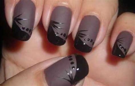 imagenes de uñas decoradas en tonos oscuros u 241 as decoradas color mate u 241 as decoradas club