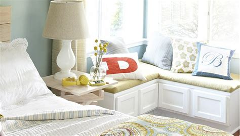 corner window bench seat best 25 bedroom corner ideas on pinterest
