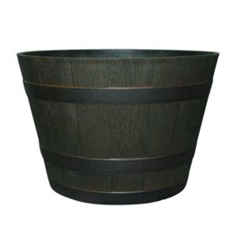 22 1 2 In Dia Rustic Oak Resin Whiskey Barrel Planter Hdr Home Depot Whiskey Barrel Planters