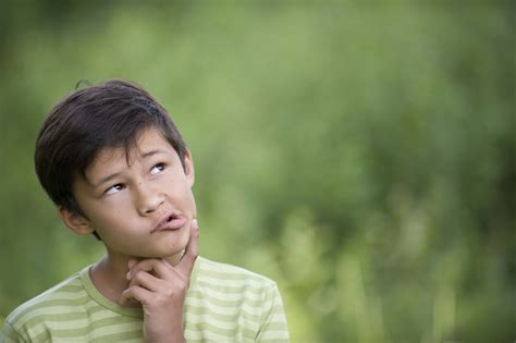 child asking adult questions why kids should always ask why parent cue