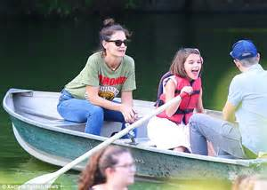 father s day boat ride nyc katie holmes and daughter suri enjoy boat ride in nyc