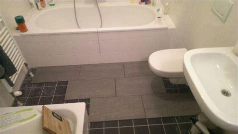 toilet betegelen kosten kleine badkamer 3 m2 toilet 1 2 m2 betegelen werkspot
