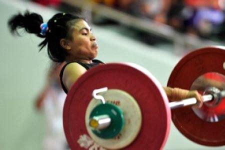 Barbel Seberat 5 Kg atlet lung sumbang emas angkat berat di eropa