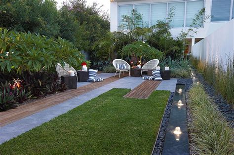 modern small backyard modern landscape design ideas from rollingstone landscapes