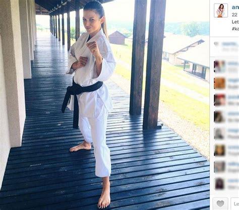 anna lewandowska dieta i trening anna lewandowska pokazała brzuch co za mięśnie