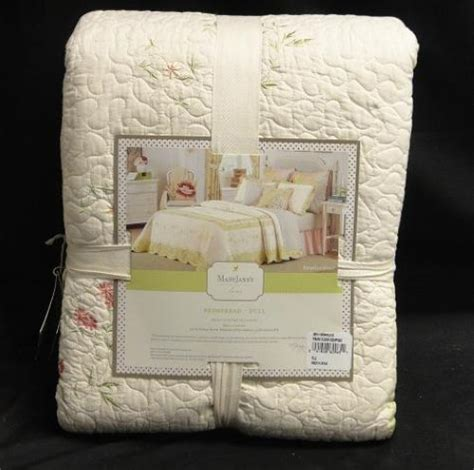 mary jane bedding mary janes farm bedding prairie bloom quilted bedspread full 96x110in new ebay