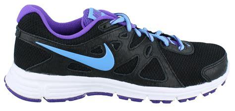 s nike revolution 2 wide width running shoe
