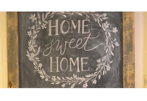 painting chalkboard signs diy rustic chalkboard sign diy