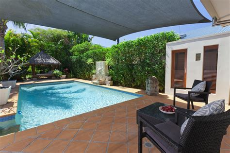 cozy pool house with pergola pools for home cozy pools spas brisbane north south gold coast