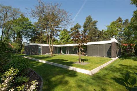 Häuser Moderne Architektur Satteldach by 5 Moderne Bungalows