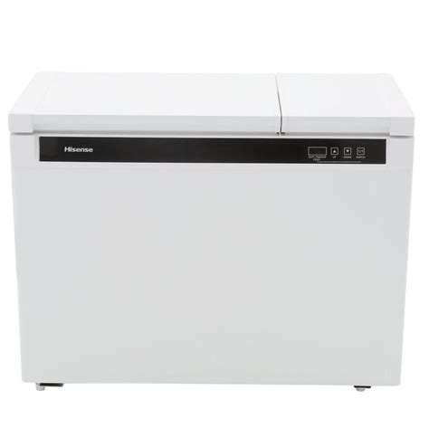 hisense 9 0 cu ft chest freezer in white fd90d6awd