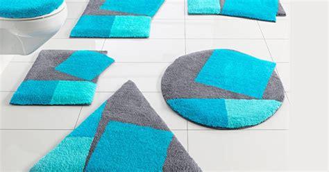 tapis toilettes beaux mod 232 les de tapis de salle de bain bleus