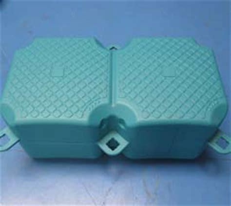 pedane galleggianti componenti ed accessori per piattaforme e pontili