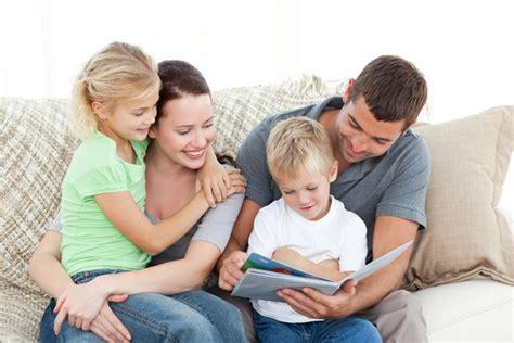 lectura parte i hay que acostar a los ni 241 os leyendo un libro y no mirando televisi 243 n