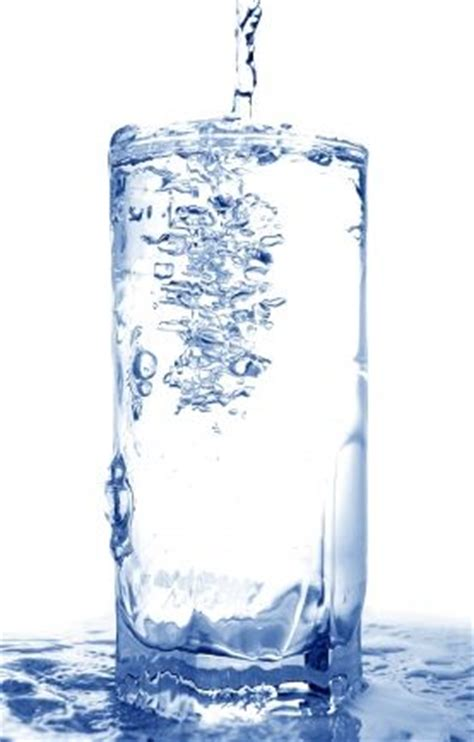 Is Room Temperature Water Better For You by Cold Water Or Warm Water What S Better Be Well Buzz