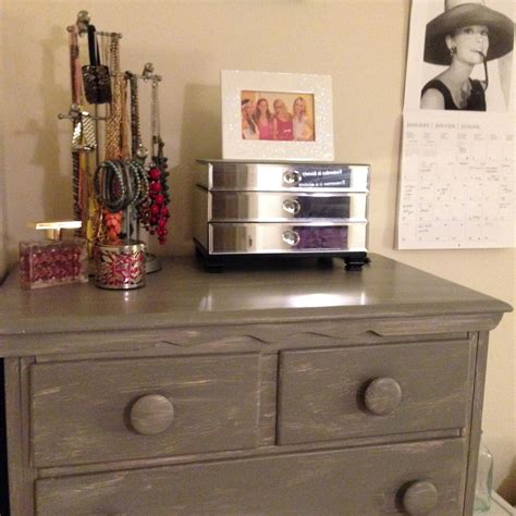 make shabby chic furniture diy shabby chic furniture how to make a dresser look