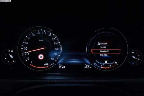 Bmw 1er 2018 Tacho by Bmw S New Multifunction Instrument Display On New 3 Series