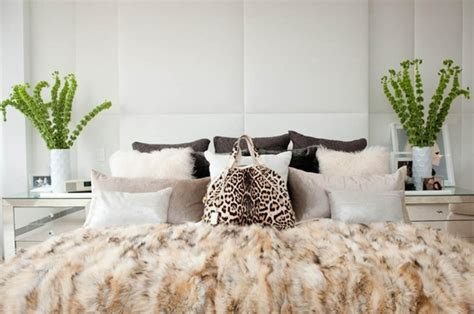Fur Bedroom Decor by Faux Fur Fever Elements Of Style