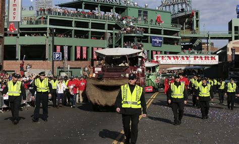 duck boats boston red sox parade jake peavy bought duck boat after red sox victory parade