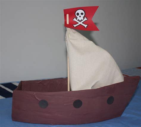 imagenes de barcos con cajas de carton acuarela como hacer barco pirata de cart 243 n como fazer