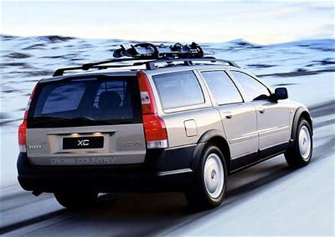 how petrol cars work 2004 volvo xc70 lane departure warning volvo xc70 estate car wagon 2002 2004 reviews technical data prices