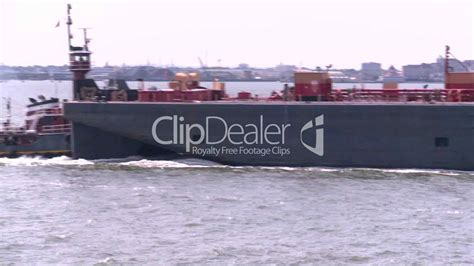 tug boat rides nyc nyc ferry ride barge tug lizenzfreie stock videos und clips