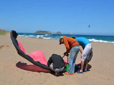 la ballena alegre preparando el 20 n orgullosos de nuestra historia kitesurf en sant pere pescador kitesurfing en sant pere pescador