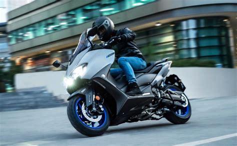 yamaha tmax foto galeri motosiklet sitesi