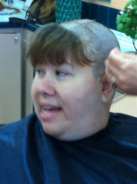 bangs to hide thin edges bald spot near bangs 1000 ideas about grown out bangs on