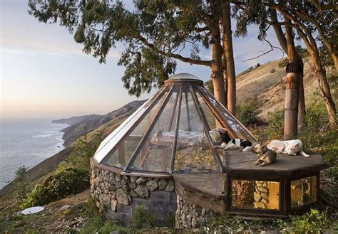 autarkes minihaus un observatoire maison de loisir au toit de verre
