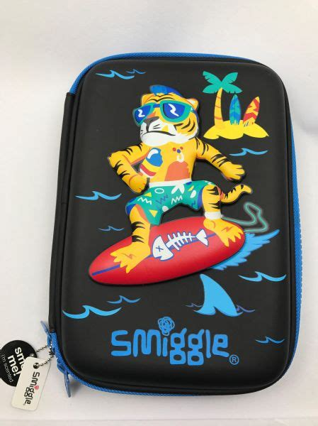 Smiggle 3 Zipper Hardtop Pencil 1 smiggle australia tiger surfing smart hardtop 3d