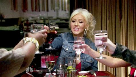 seth macfarlane xmas party christina aguilera was reportedly so drunk at seth