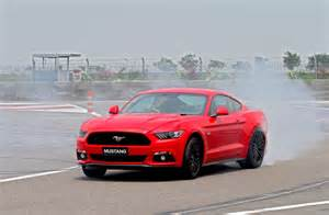 what makes a mustang a gt ford mustang gt makes its official debut in india 5 0l