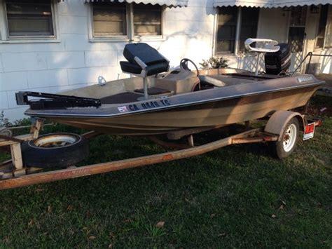 fiberglass bass boats fs ft 14ft fiberglass bass boat the outdoors trader