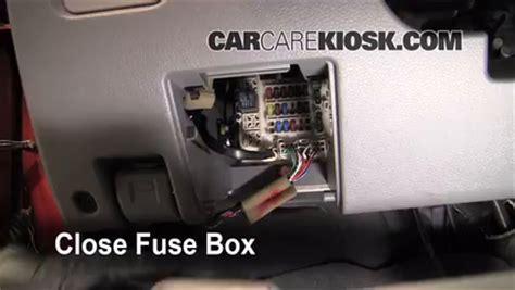 2002 2007 mitsubishi lancer interior fuse check 2005