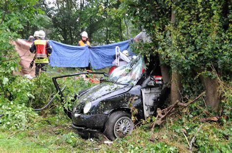 Schnellstes Stra Enzugelassenes Auto 2014 by Zwei Tote Bei Verkehrsunfall Bergkamener Infoblog