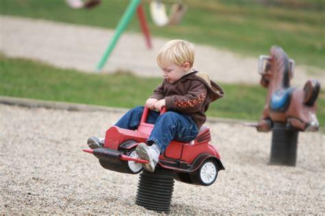 Kindersitz Auto Regeln Schweiz by Sattelfest Kindersitze Im Test Wireltern Ch