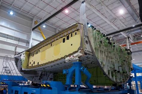 Wing Box Mhi 787 Expands Composite Wing Box Manufacturing
