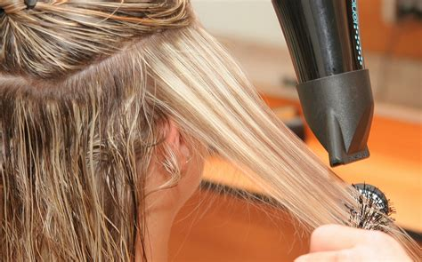 blow dry your hair what brush to use hairboutique common blowdrying mistakes and how to fix them hair