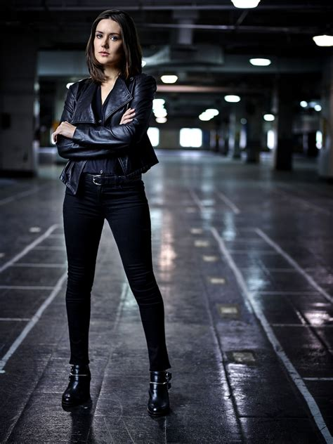 17 best images about megan boone the blacklist on megan boone in the blacklist season 3 promoshoot celebzee