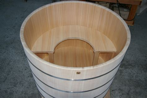 barrel bathtub barrel bathtub 28 images 15cm wooden barrel bath tub