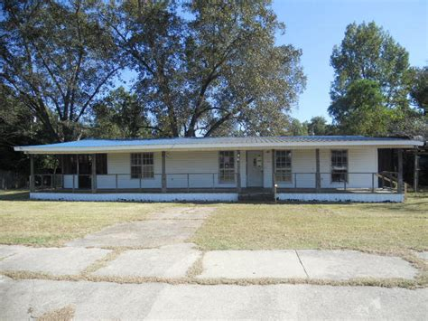 441 newman st hattiesburg mississippi 39401 foreclosed