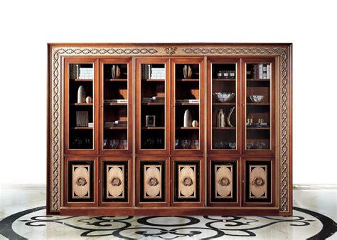 librerie classiche di lusso libreria classica di lusso con 6 ante idfdesign